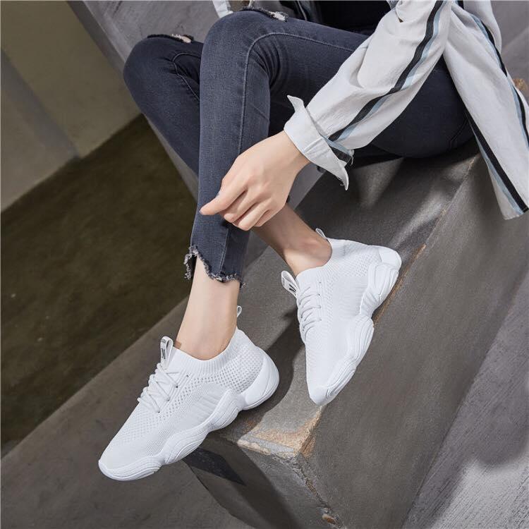 Giày Lười Thể Thao Nữ Full Trắng