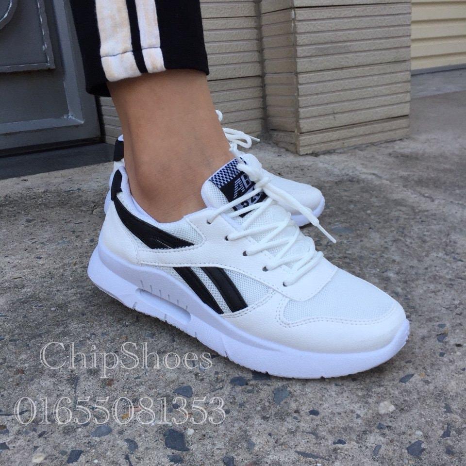 giày sneaker nữ trắng đen