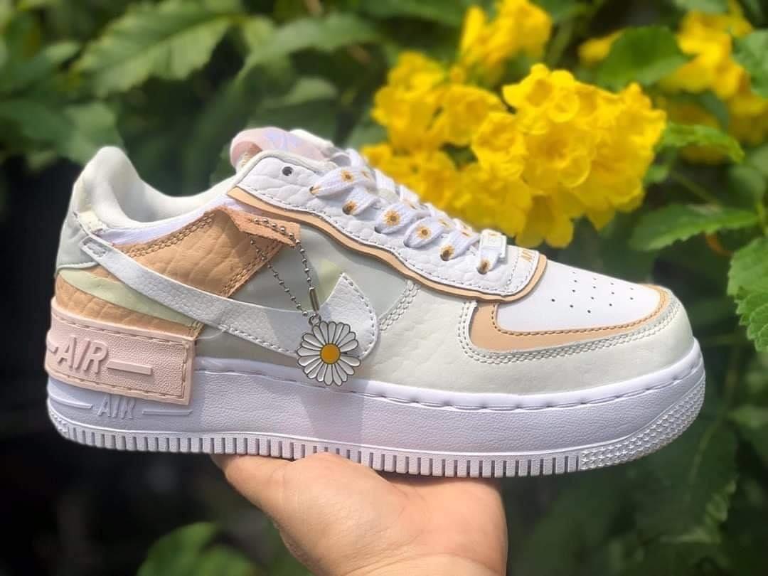 giày nike hoa cúc